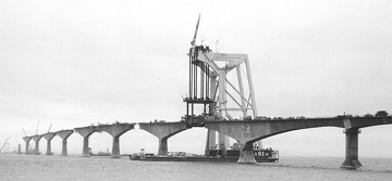 Confederation bridge under construction