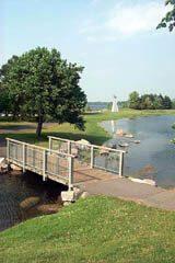 Andy Haydon Park on Lac Deschenes