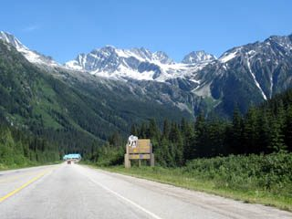 Rogers Pass and sign