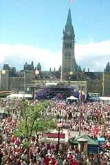 Canada Day Crowd on the Hill