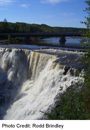 Kakabeka Falls, to the west of Thunder Bay