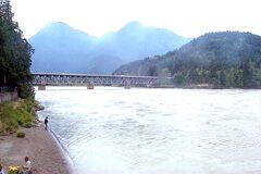 Water Avenue River Bridge over Fraser River, at Hope