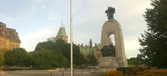 Wellington St & Elgin: National War Memorial