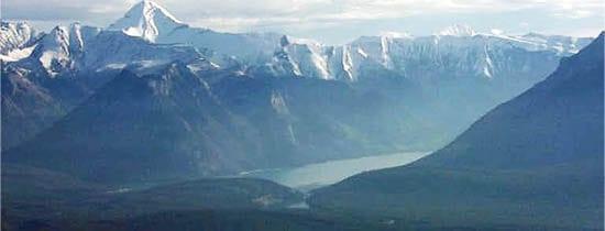 Banff's Lake Minnewanka