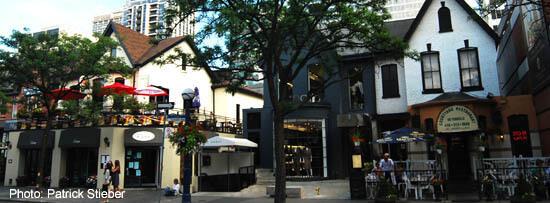 Cumberland Street Cafes in Toronto's Yorkville