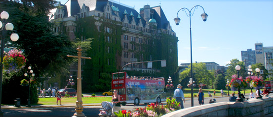 Victoria Inner Harbour-with Double-DeckerBus and Empress Hotel