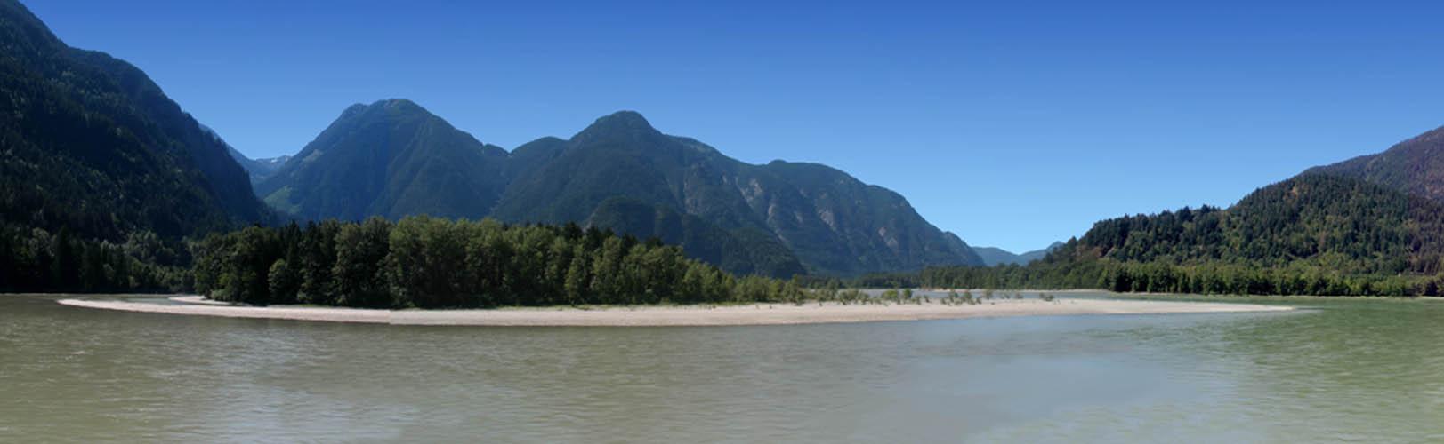 Hope-TCH-Fraser River Panorama -sliver (MarkRuthenberg)